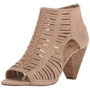 Vince camuto eldora sandal heel